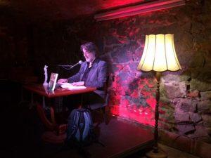 Lutz Flörke liest beim Indie-Abend im Beyerhaus